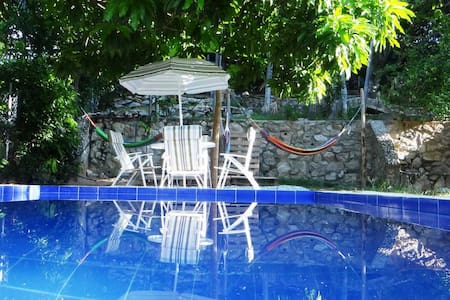 The place to be: hostel, pool, bar and nature - Bonda - Hostel