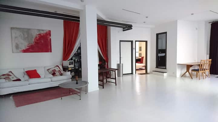 Double room in creative Loft