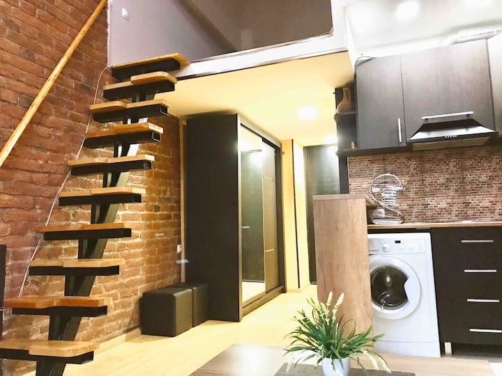 Apartment for two at the centre of Old Tbilisi
