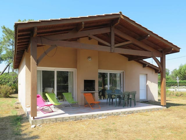 75 m² holiday house in Montalivet
