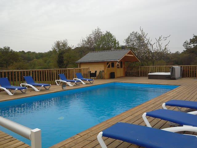 gite en campagne avec piscine sauna et jacuzzi