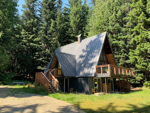 Private Alpine Modern A-Frame at Snoqualmie Pass
