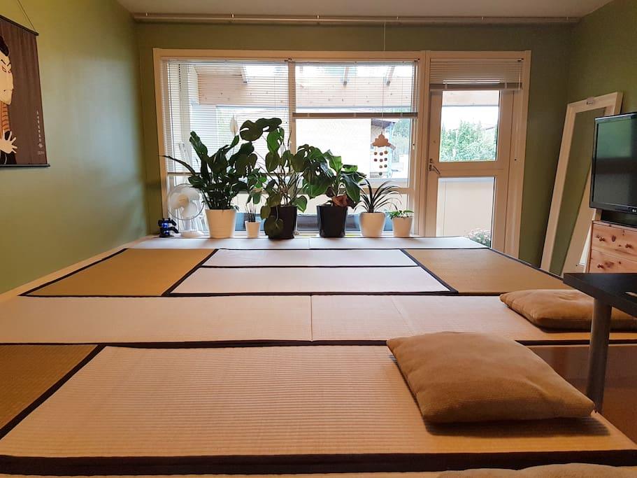 Tatami lounge