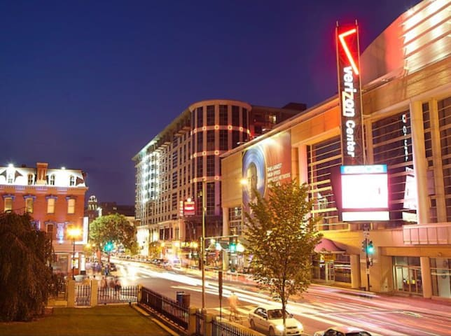 Dc downtown convention center 2BR