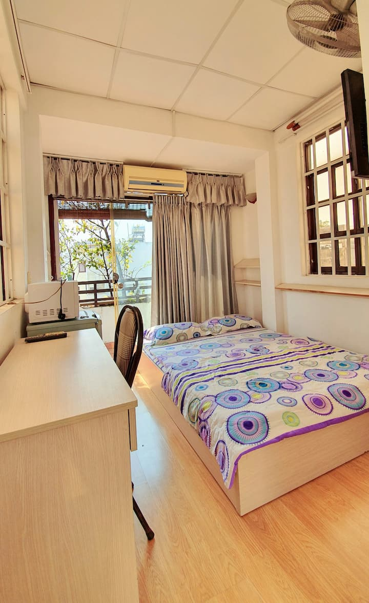 Simple room 1 at 32 Phan Ngu Street, District 1