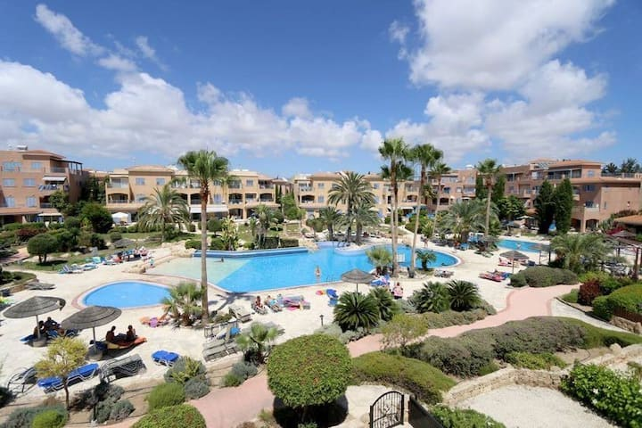 NEW in Paphos  1 BR Apt in  Limnaria Gardens K203