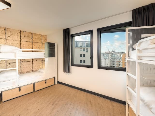 Generator - 1 Bed in 8 Bed Dormitory
