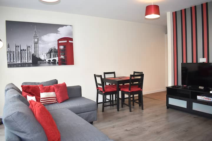 Luxury 1 bed apartment @The Hub, Milton Keynes