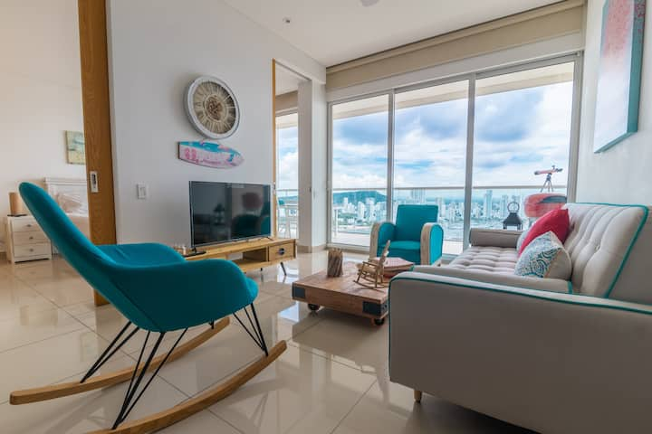 Luxury 1 Bedroom Apartment in 20th floor of H2!