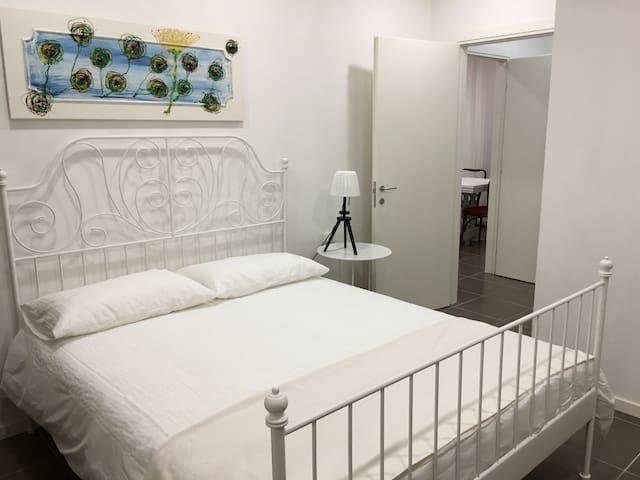 camera 1 con letto matrimoniale