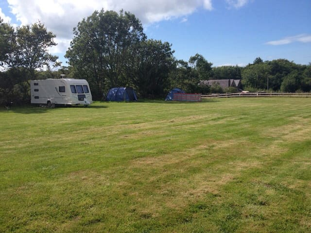 Campsite - (own tent/caravan/motorhome welcome)