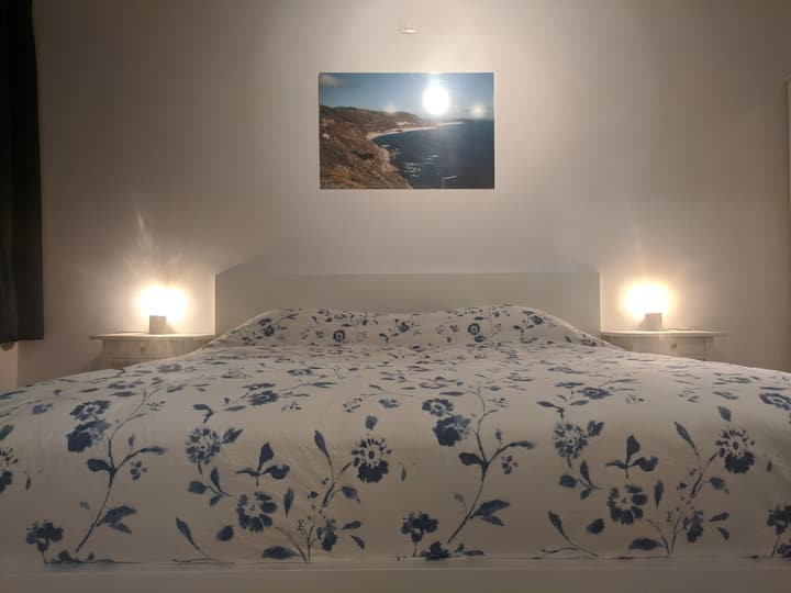 Bed Locale -Sanitized-