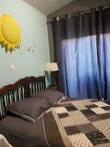 chambre d'hôte PEYNIER-ROUSSET - Peynier - Ξενώνας