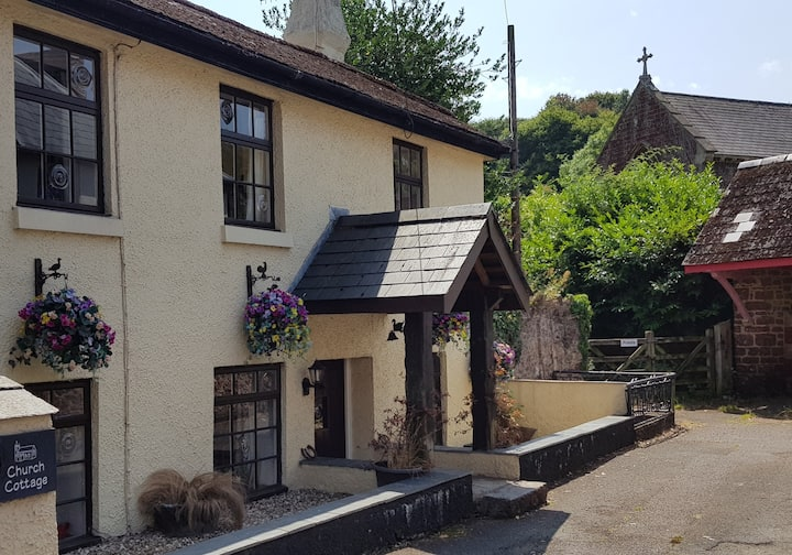 Spacious Cosy Cottage, Torbay & Dartmoor nearby