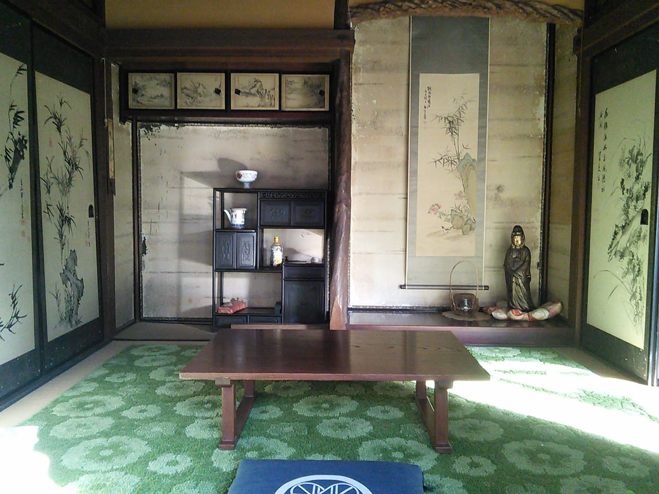 Japanese-style bed room [for 2-3 people]