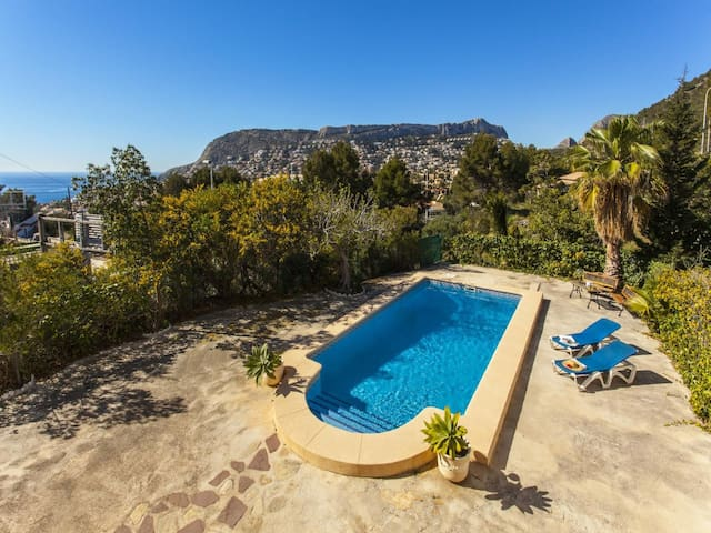 PUMBA - Holiday villa for 6 people 5 minutes away from the center of Calpe