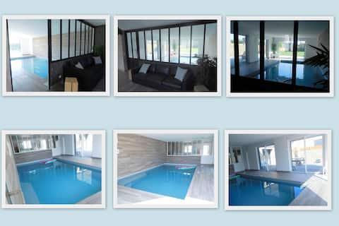 Maison avec piscine intérieure près Dinan/St-Malo