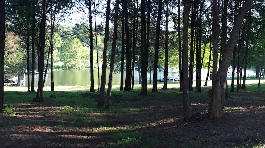 Waterfront NEW Lake Apartment near Nashville - Hendersonville - Byt