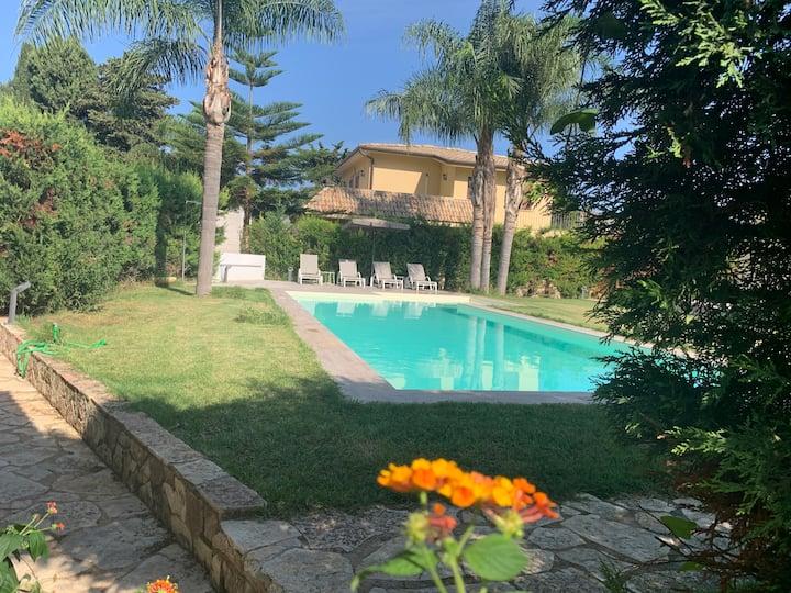 G&G Mondello Apartment Villa Piscina