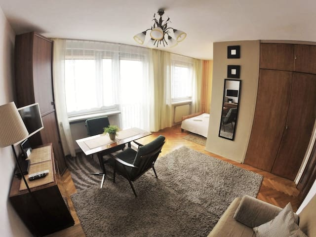 CENTER 》 Apartment POLNA》 Parking  FREE