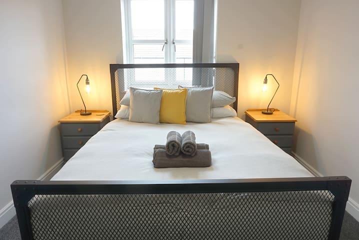 Luxury Modern Penthouse - North Street