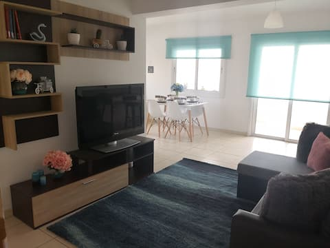 Cosy, Airy Flat Next to the University Of Cyprus