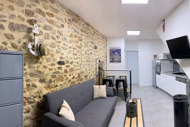 Charming apartment in the heart of Bouzigues!