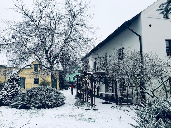 Chalupa pod Milešovkou - Velemín