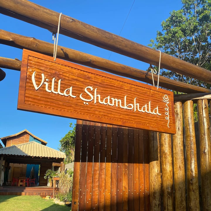 Villa Shambhala, localizada na Ponta do Mutá.