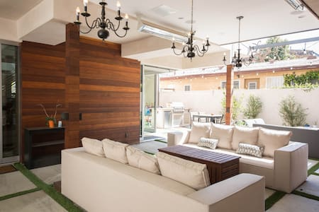 Luxury living in the most desirable WeHo location! - West Hollywood - Guesthouse