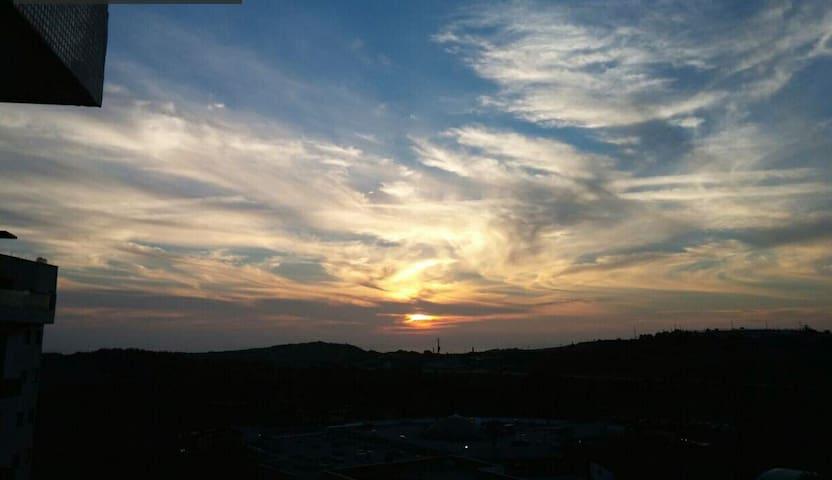 bedroom sunset view