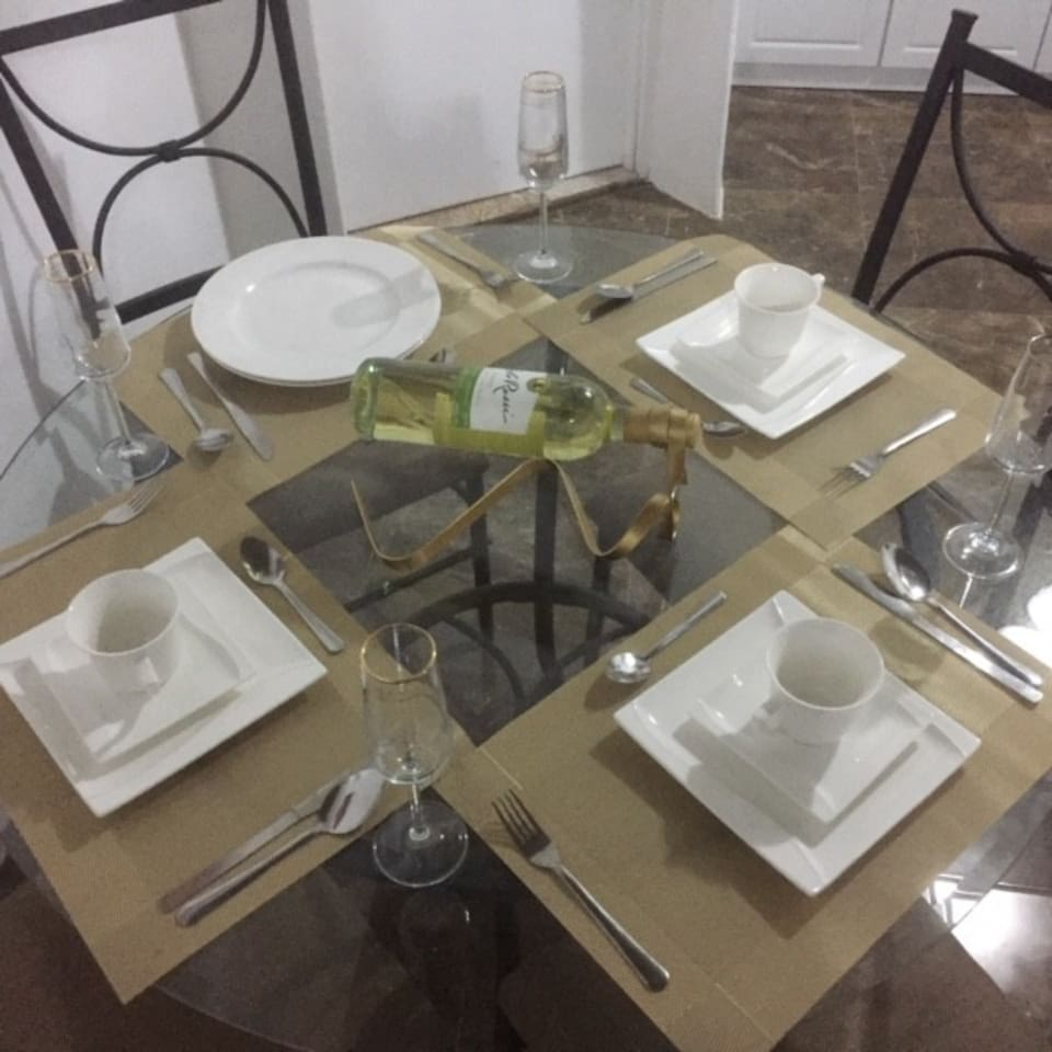 Ready dinning table