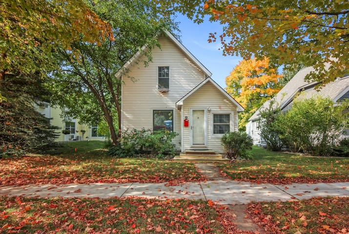 Beautiful Downtown Traverse City Home w/ Garage!
