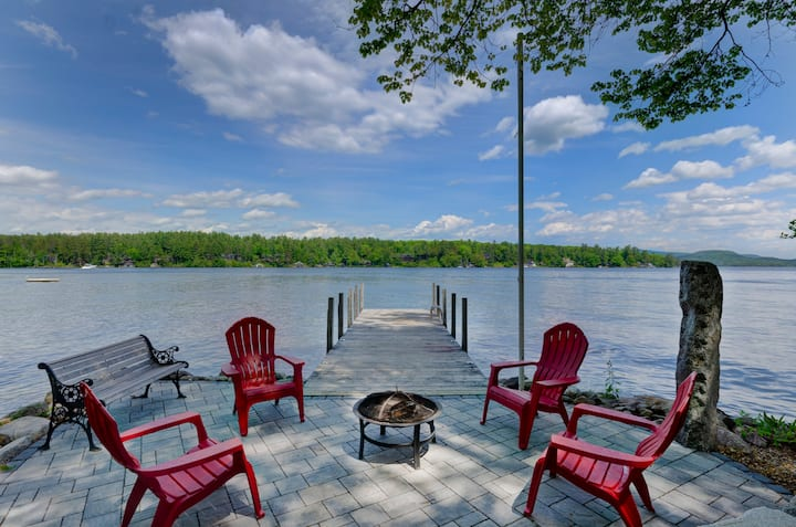 Quaint Wolfeboro Lake Winnipesaukee Lakefront Home