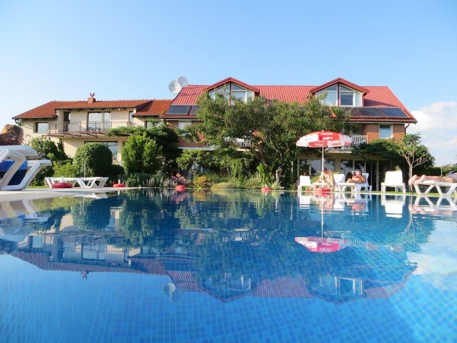 View of Oaza Inn 1