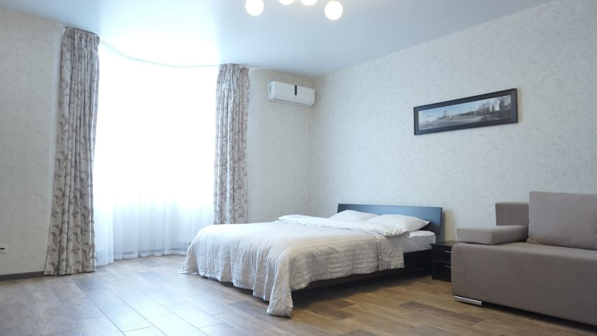 Большая комфортабельная квартира у м.Позняки