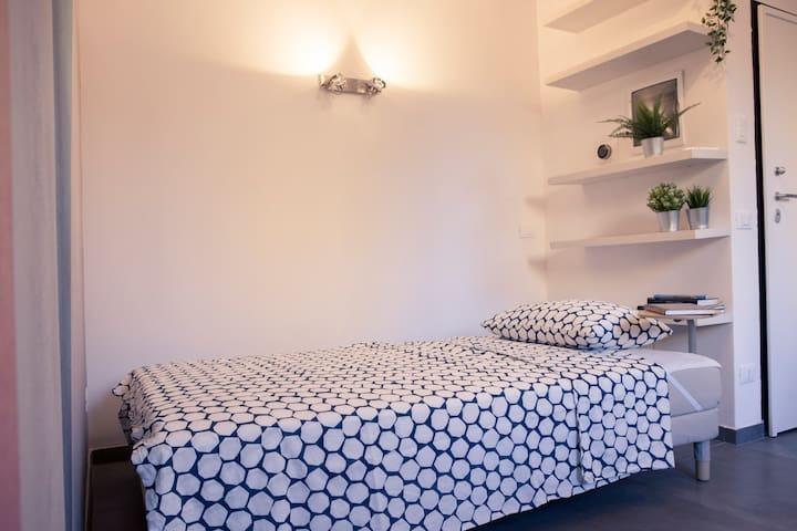 Divano letto (200x120 cm)