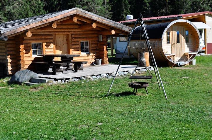 Blockhaus Camping Sur En - Scuol - Mökki