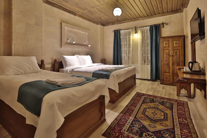 Cappadocia View Hotel-Triple Room(2-3 PAX)