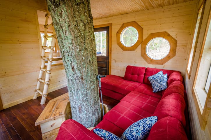 """TreeHouse """"ALIYAH"""" Off the grid+hiking adventures"""