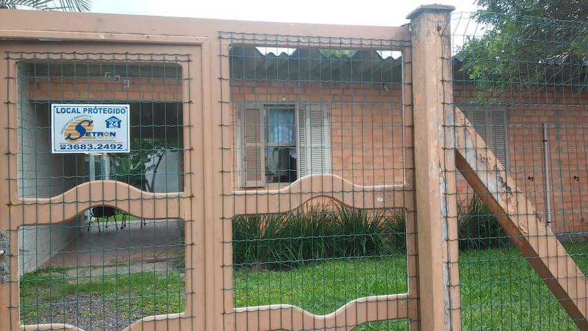 Aluguel Casa Em Imbé Próxima ao Mar - Imbé - Haus
