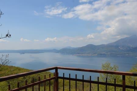 Oasi tra lago di Garda e M.te Baldo - San Zeno di Montagna