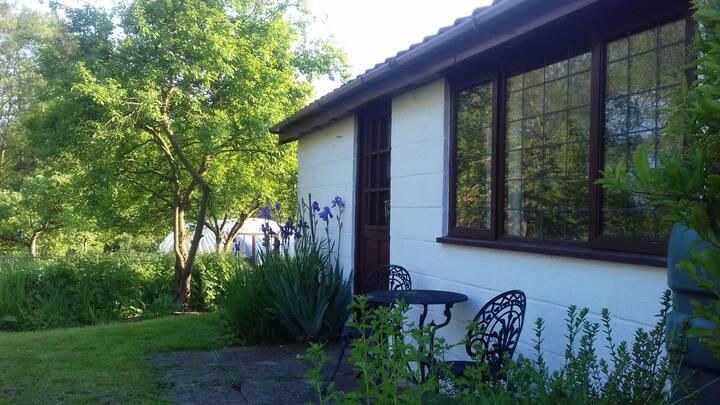 Self-contained garden studio