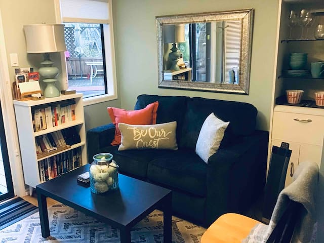 Small sitting room to watch TV, Netflix, or just relax.  Breakfast Bar with coffee maker, kettle, microwave, small fridge.  Lots of goodies to snack on and fixings for your first mornings Continental Breakfast.