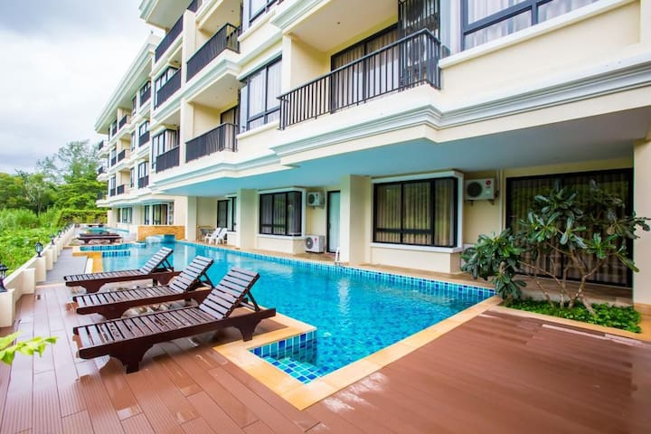 2 bdr Apartment in 5 mins walking to Naiharn beach