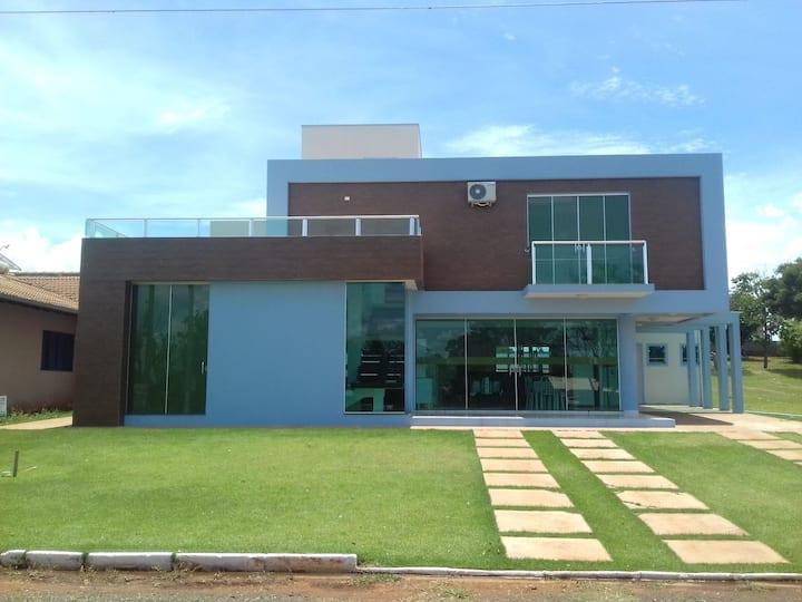 Casa com Piscina - Ilha Bela - Carlópolis - PR - 2