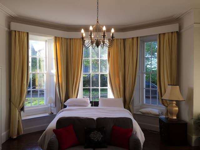 The Talbot Suite at Killeen Terrace