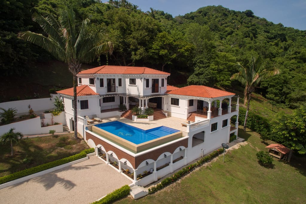 Luxury ocean front tuscanvilla with full time chef for Costa rica house rental with chef