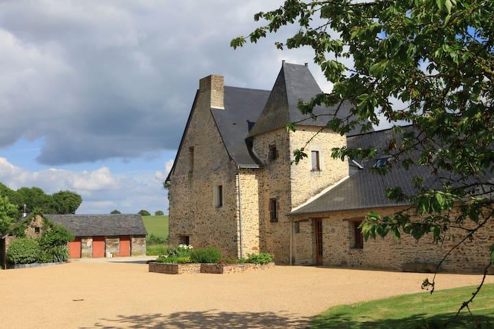 Gîte à la ferme en Anjou Bleu - Loiré - Hus