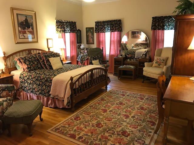 Casual Comfort in Loganville